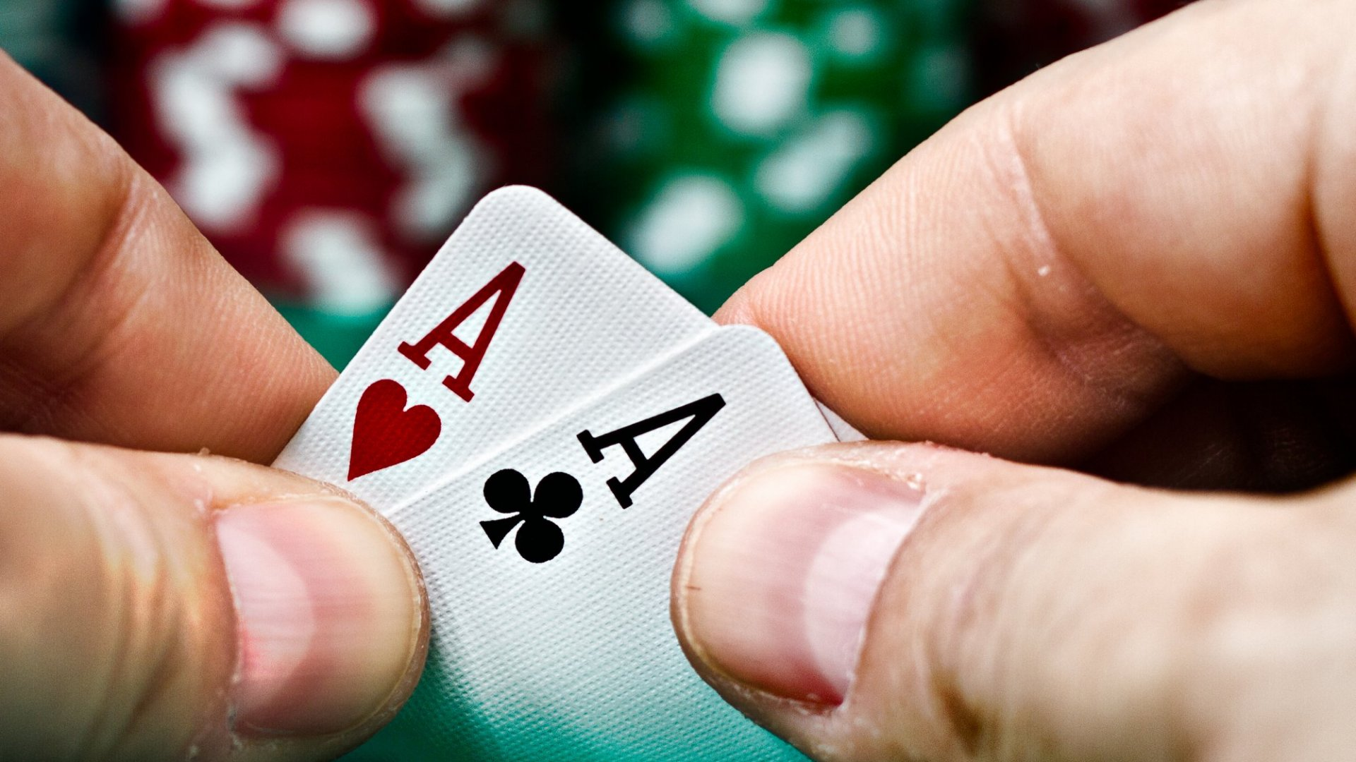 How Great Leaders Profit from Gambling