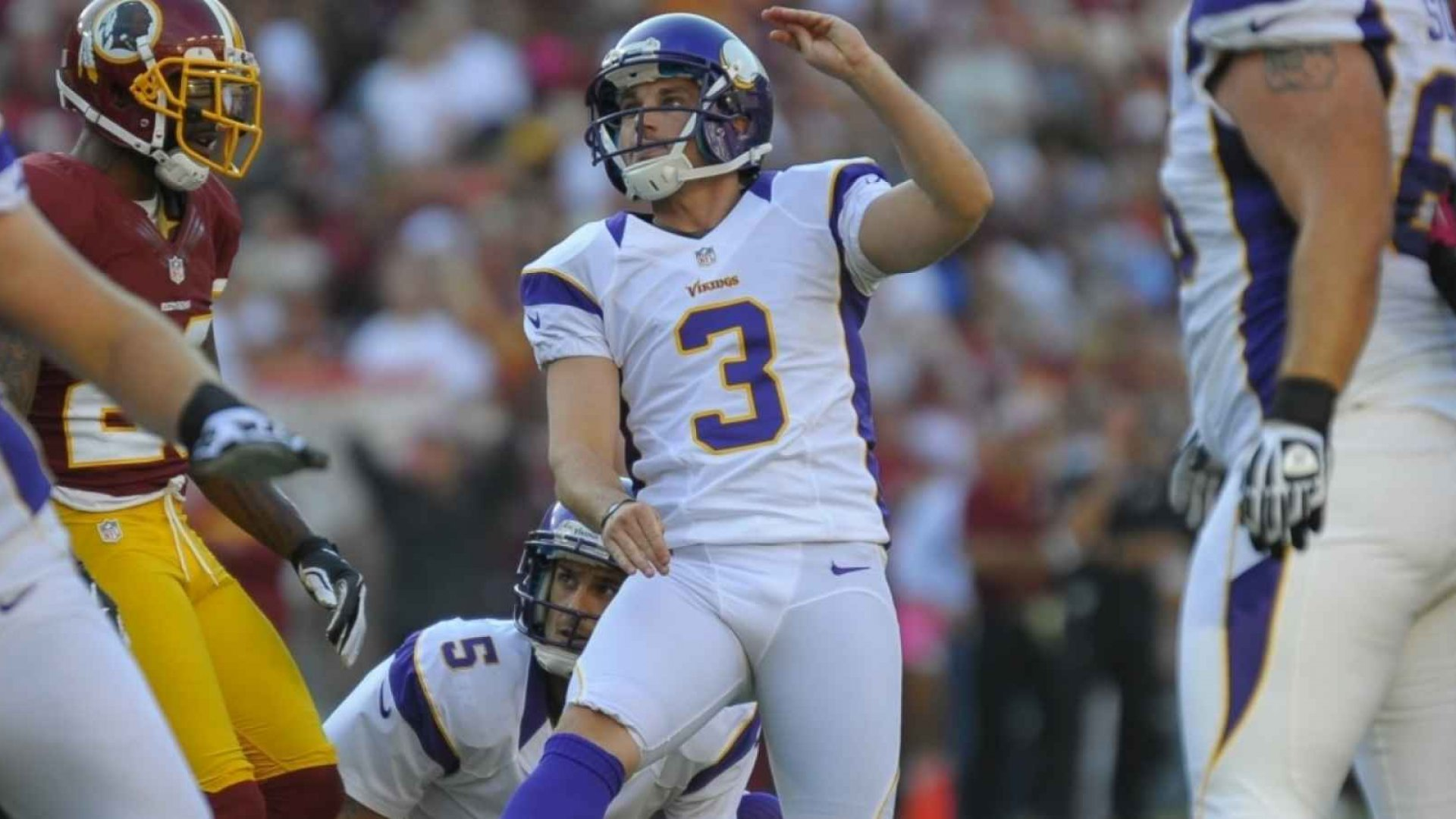 The last time he attempted to kick a field goal during an NFL game, Minnesota Vikings kicker Blair Walsh failed - miserably - in front of millions of fans, costing his team a playoff victory.