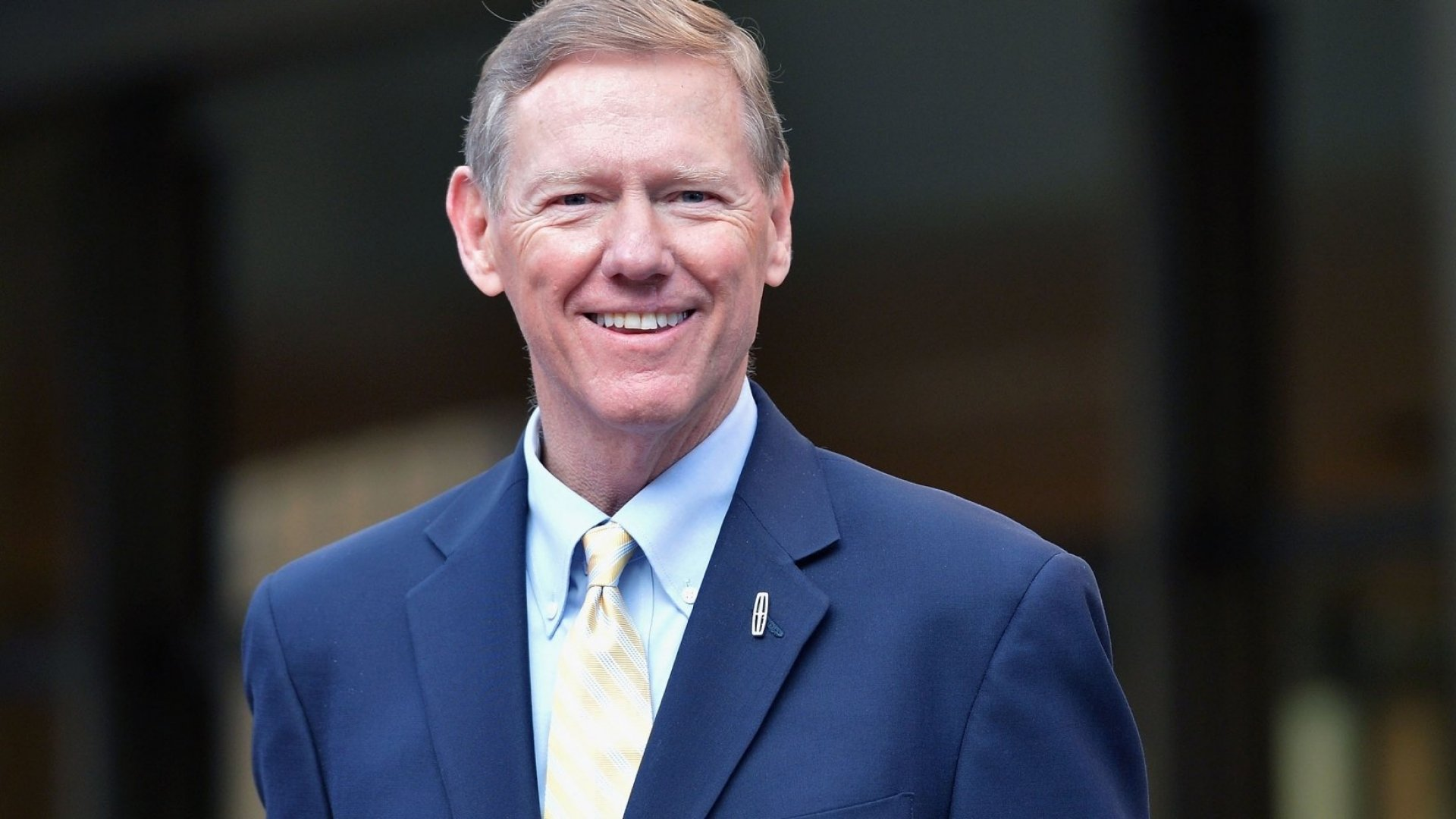 Alan Mulally.