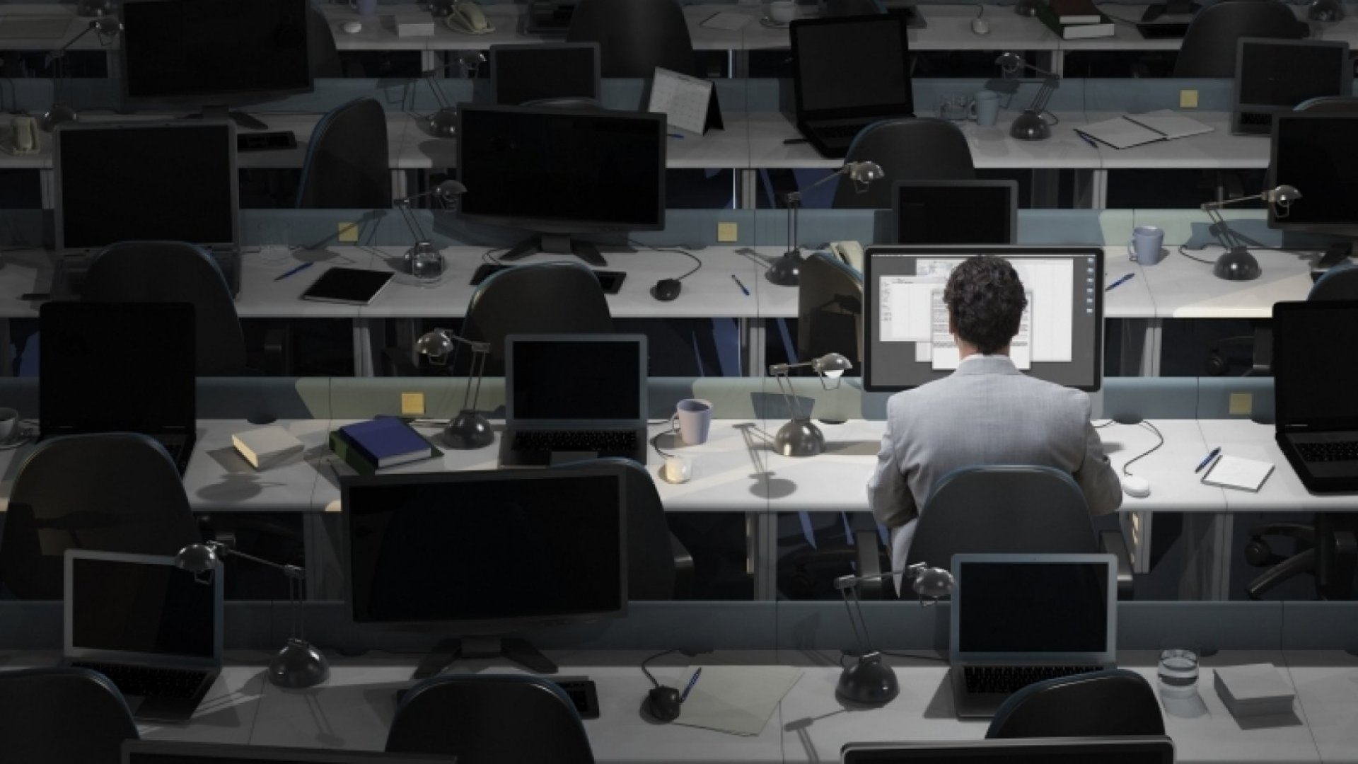 Workaholics Are Way More Likely to Have a Mental Illness, New Study Says