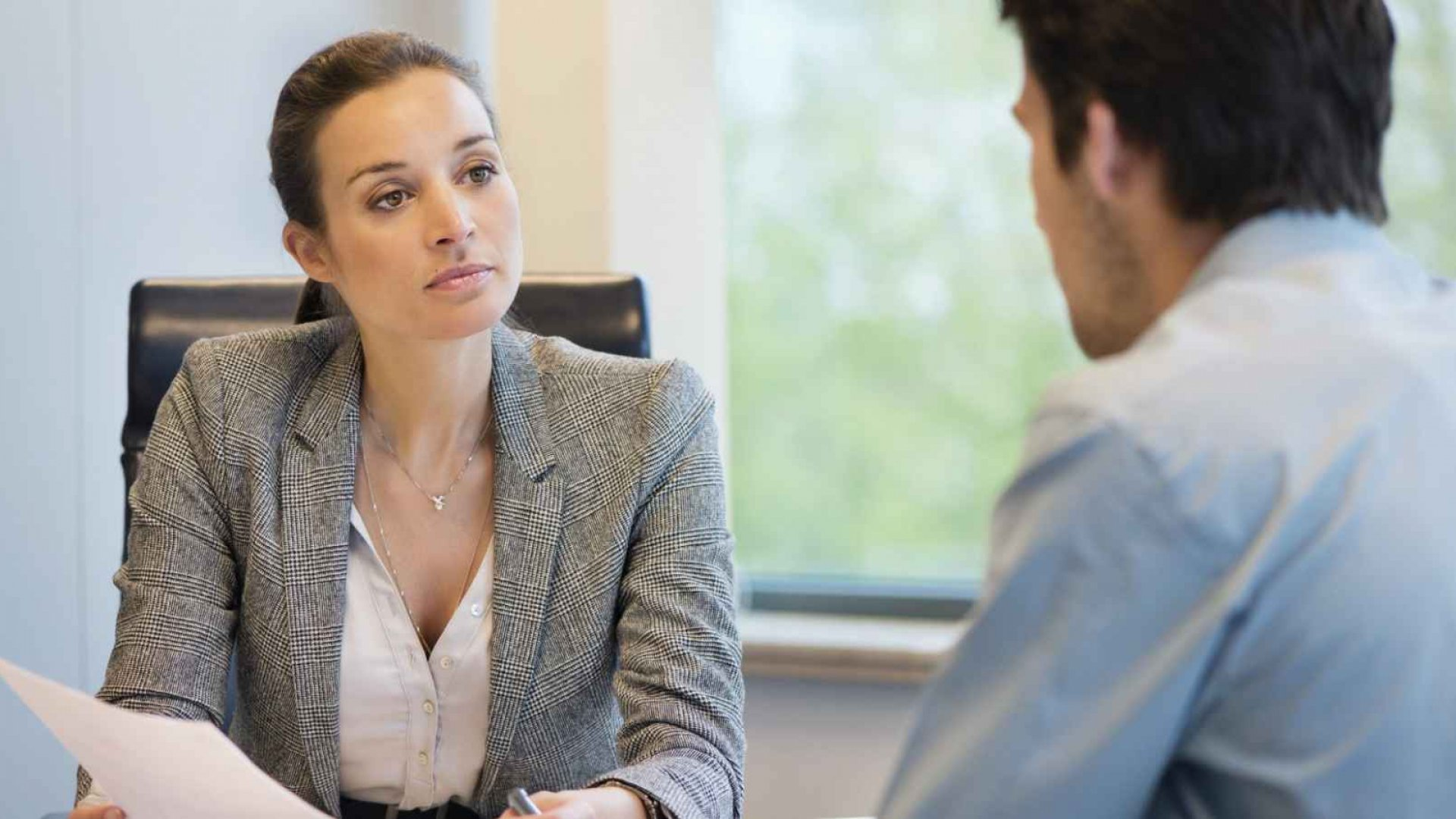 How to Catch a Liar Before You Hire Them