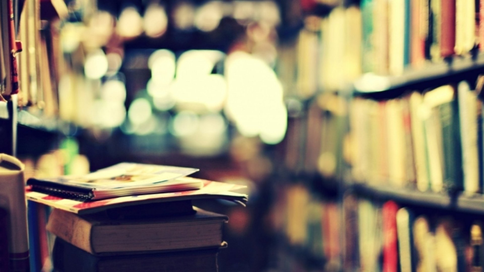 25 Books Jeff Bezos, Mark Zuckerberg, and Other Top CEOs Recommend