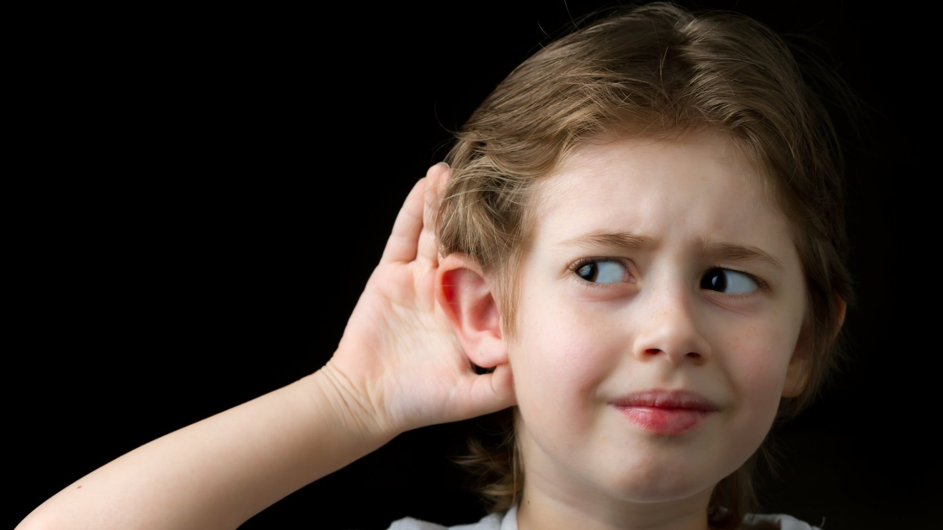 Want To Be a Better Listener? Avoid Doing These 3 Embarrassing Things