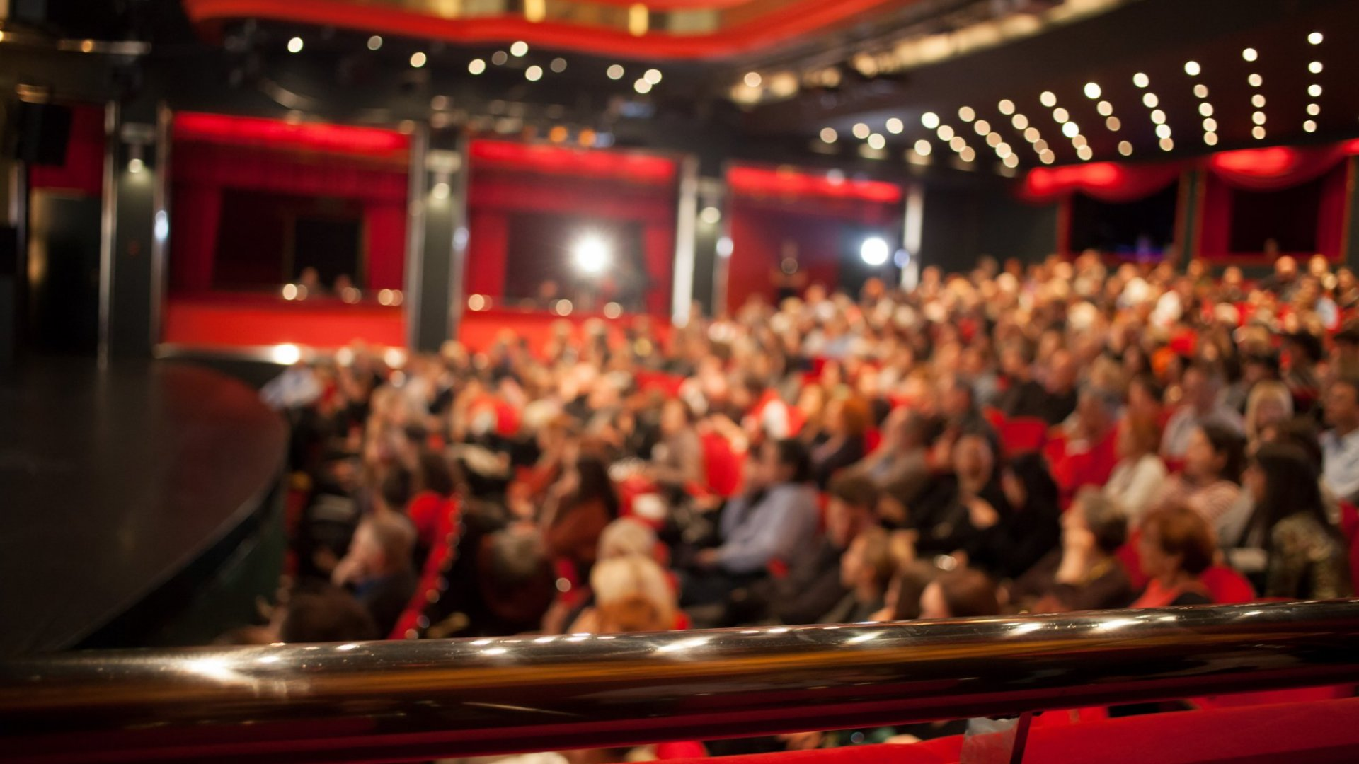 Want to Master Public Speaking? Use These 3 Insider Tips from a TEDx Coach