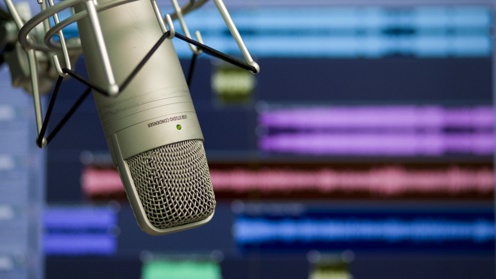 5 Things You Need to Know About Starting a Podcast