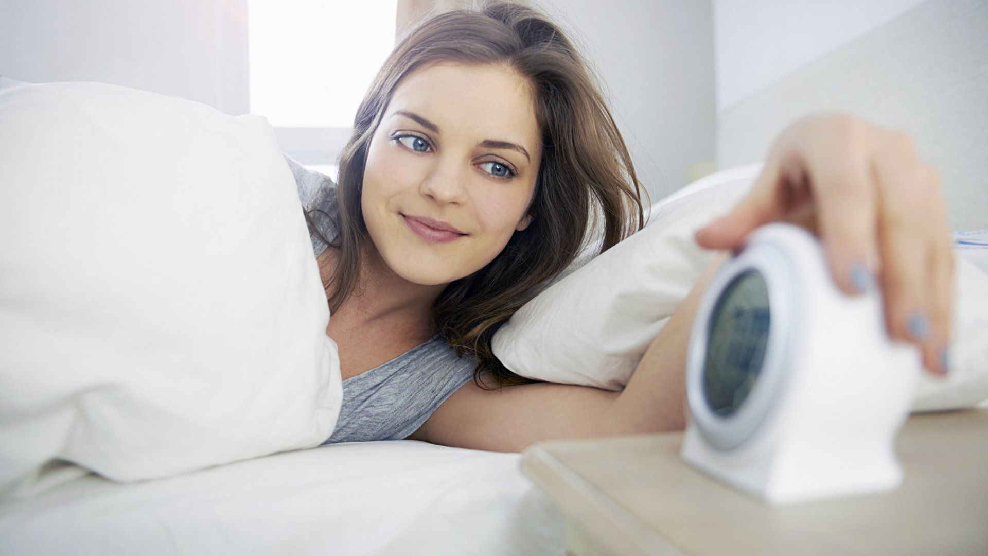 Not a Morning Person? These 5 Tips Can Turn You Into One