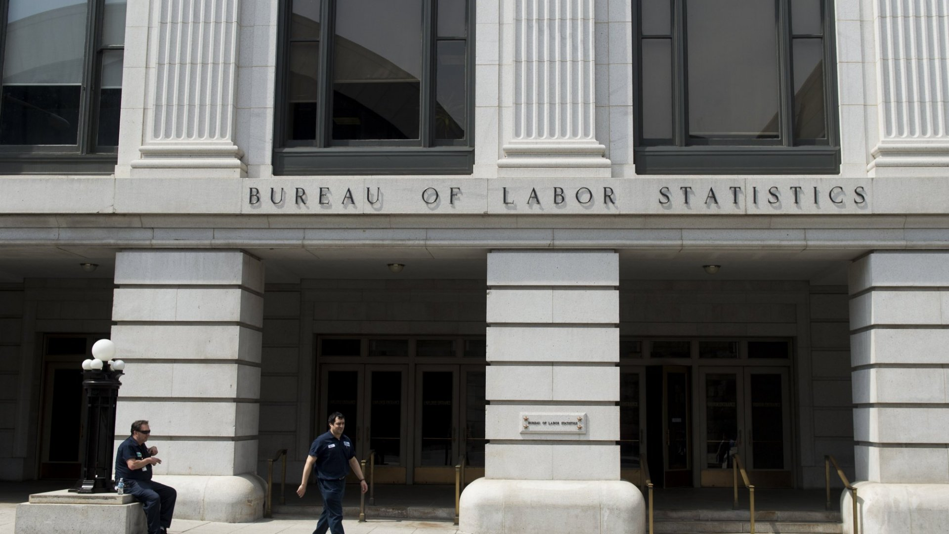Solid Hiring Expected in Final Pre-Election Jobs Report