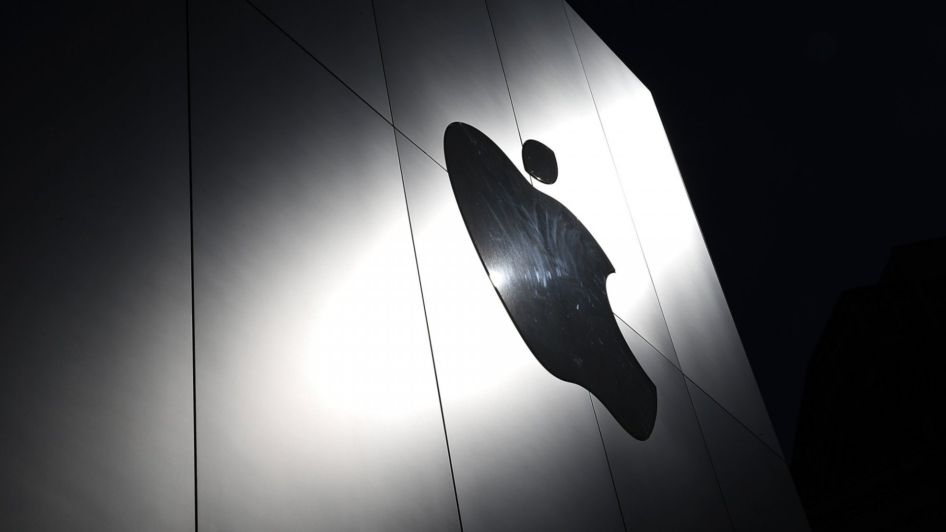 Apple Is Removing AppsFrom the App Store at the Government's Requestat an Astonishing Rate