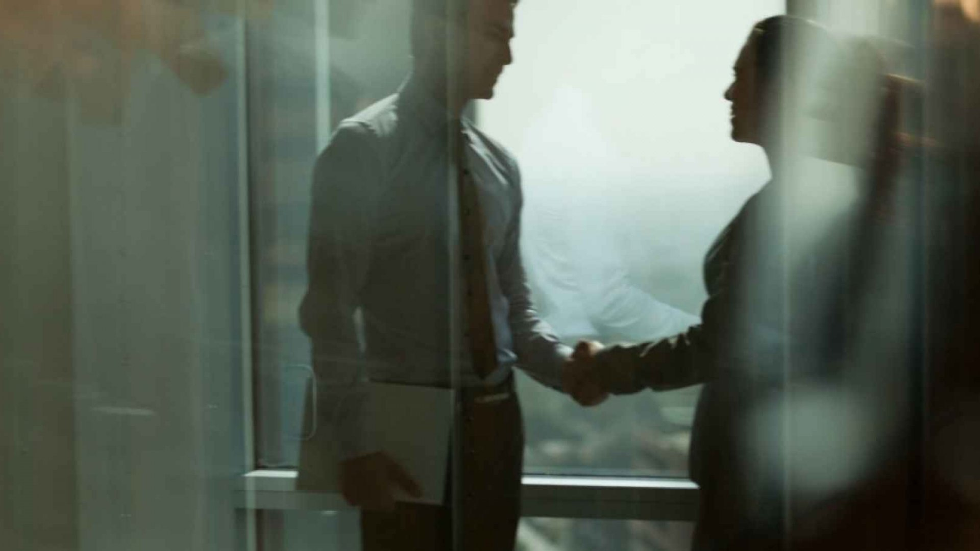 How Women Can Be Tough in Negotiations and Still Be Liked