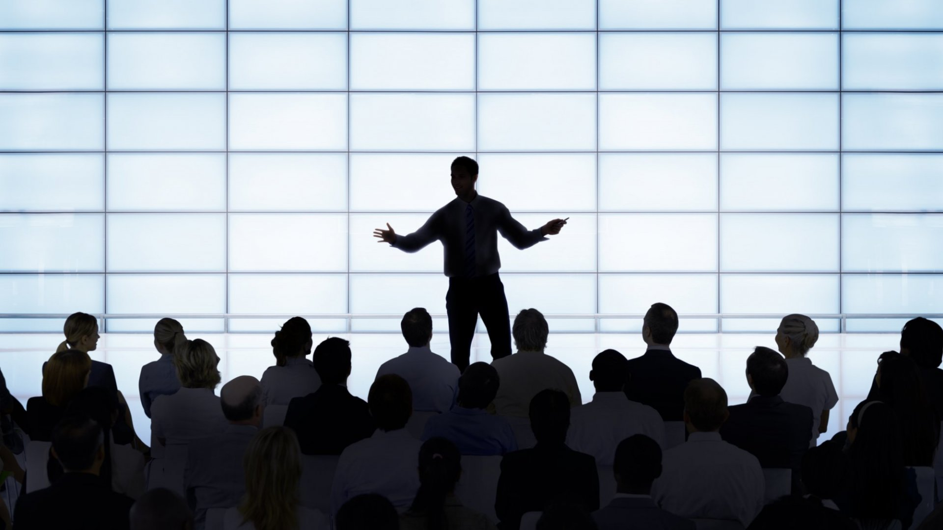 These 10 Leadership Speakers Can Help Transform Your Company Culture