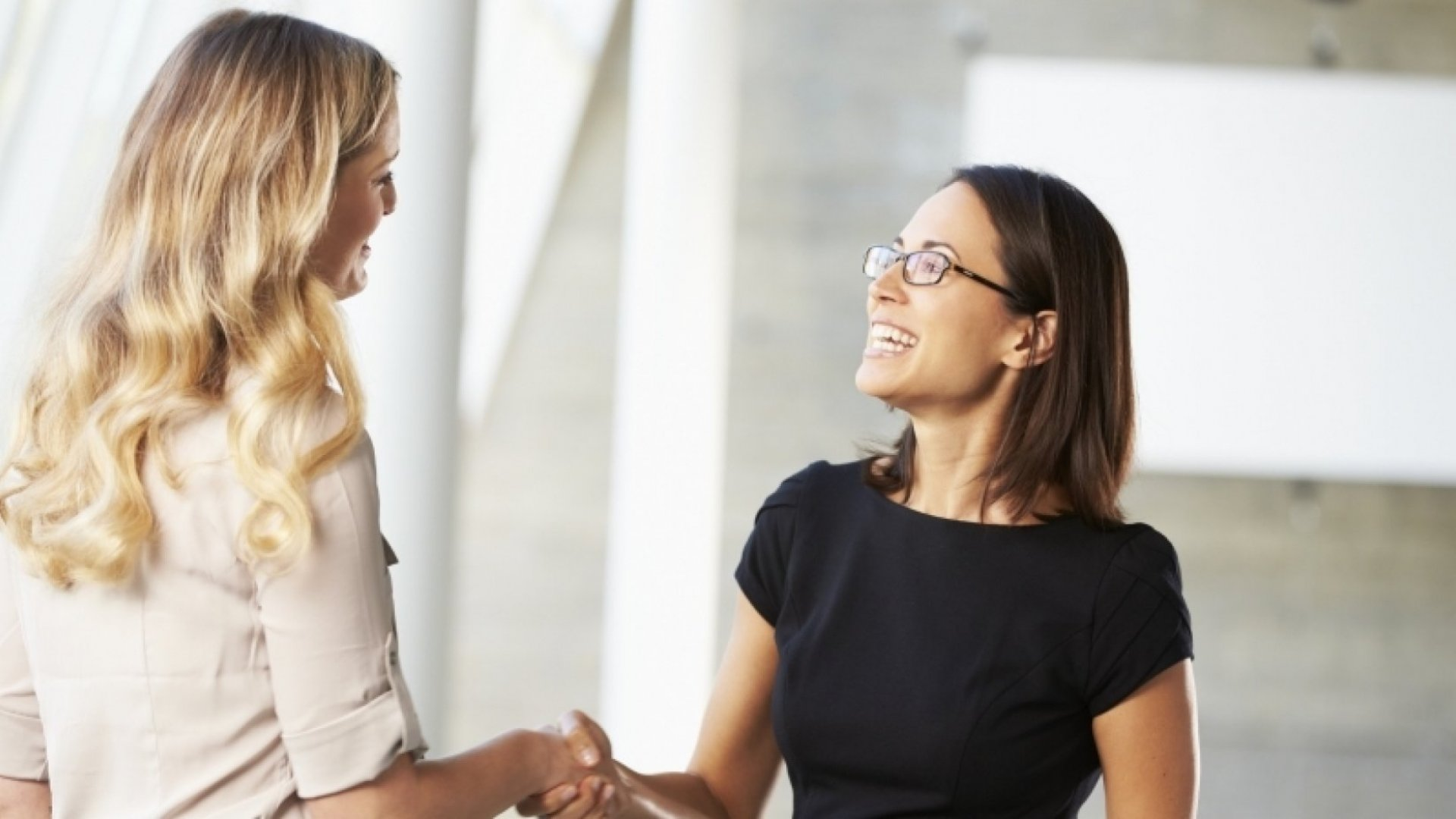 6 Unconventional Ways to Make a Lasting First Impression