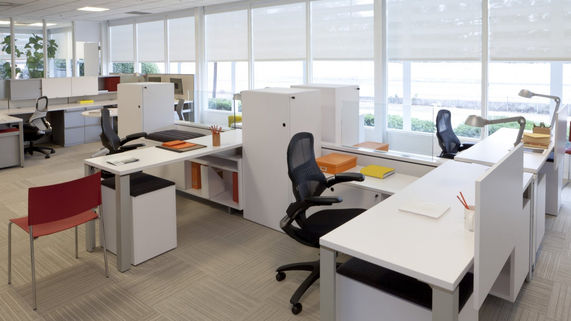 7 Ways to Feng Shui a Cubicle, Desk or Entire Office | Inc.com