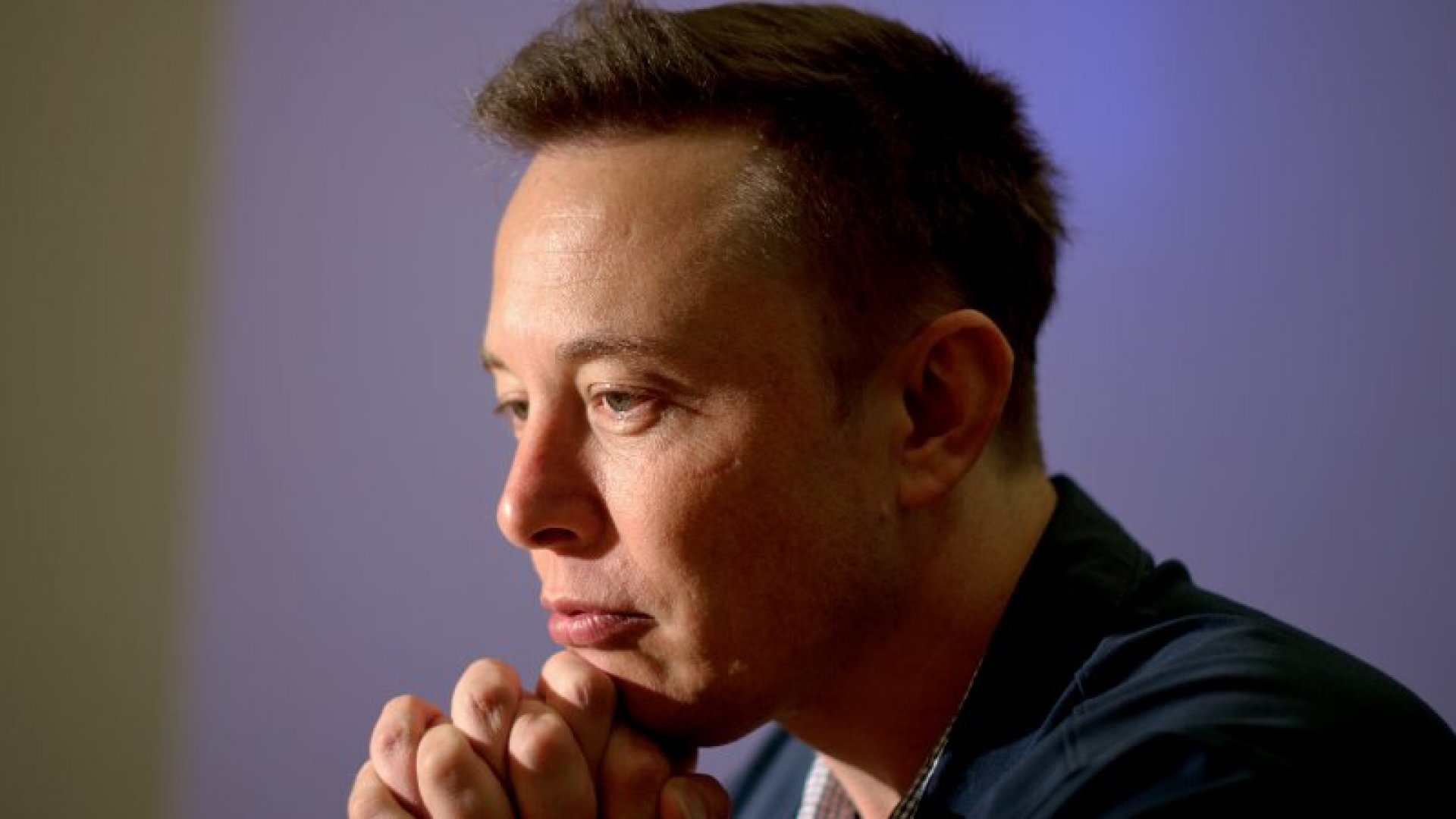 Elon Musk to Unveil SpaceX's Mars Ship and Space Suit This Year