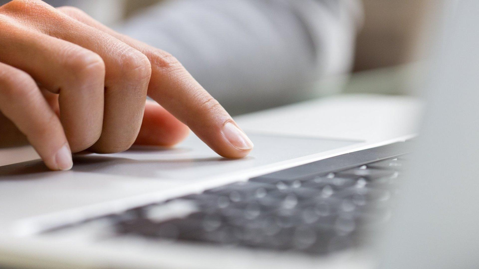 6 Stupid Written Communication Mistakes That Emotionally Intelligent People Avoid
