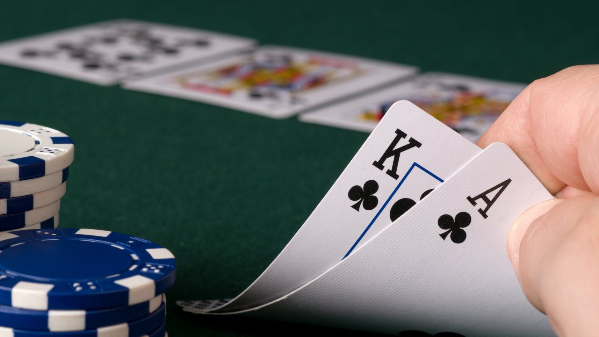 What Texas Hold 'Em Can Teach You About Influencing Customers