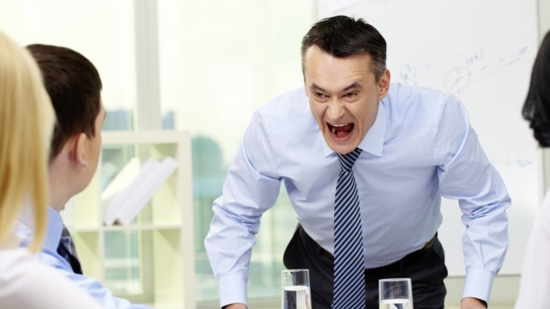 5 Ways to Deal with a Workplace Bully ( Who is Your Customer! )