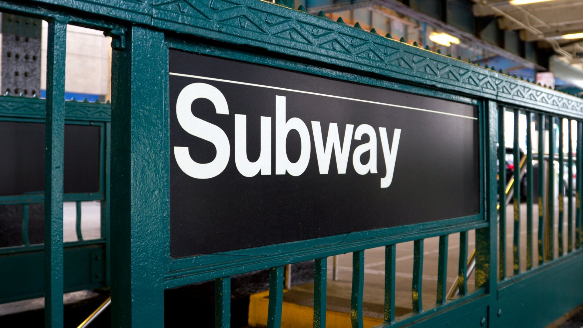 All New York City Underground Subway Stations Now Offer Free WiFi