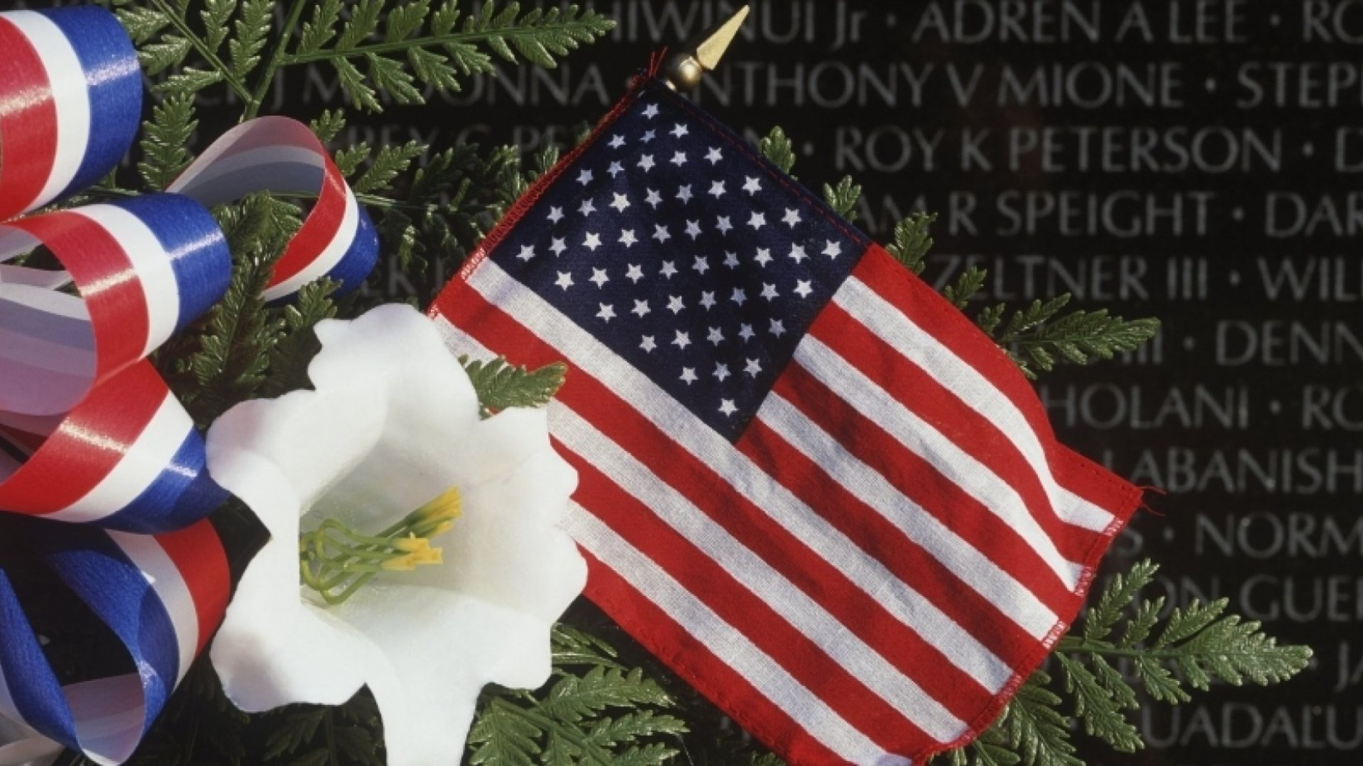 How Business Owners Can Honor the Fallen on Memorial Day