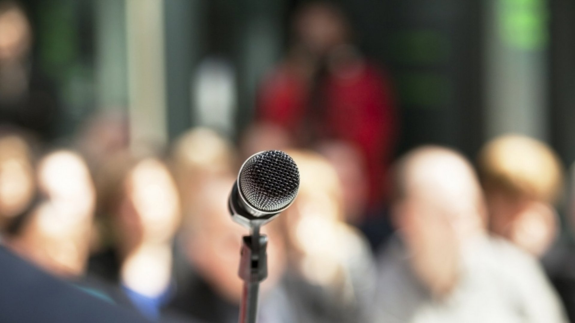 3 Easy Ways to Get More Speaking Gigs