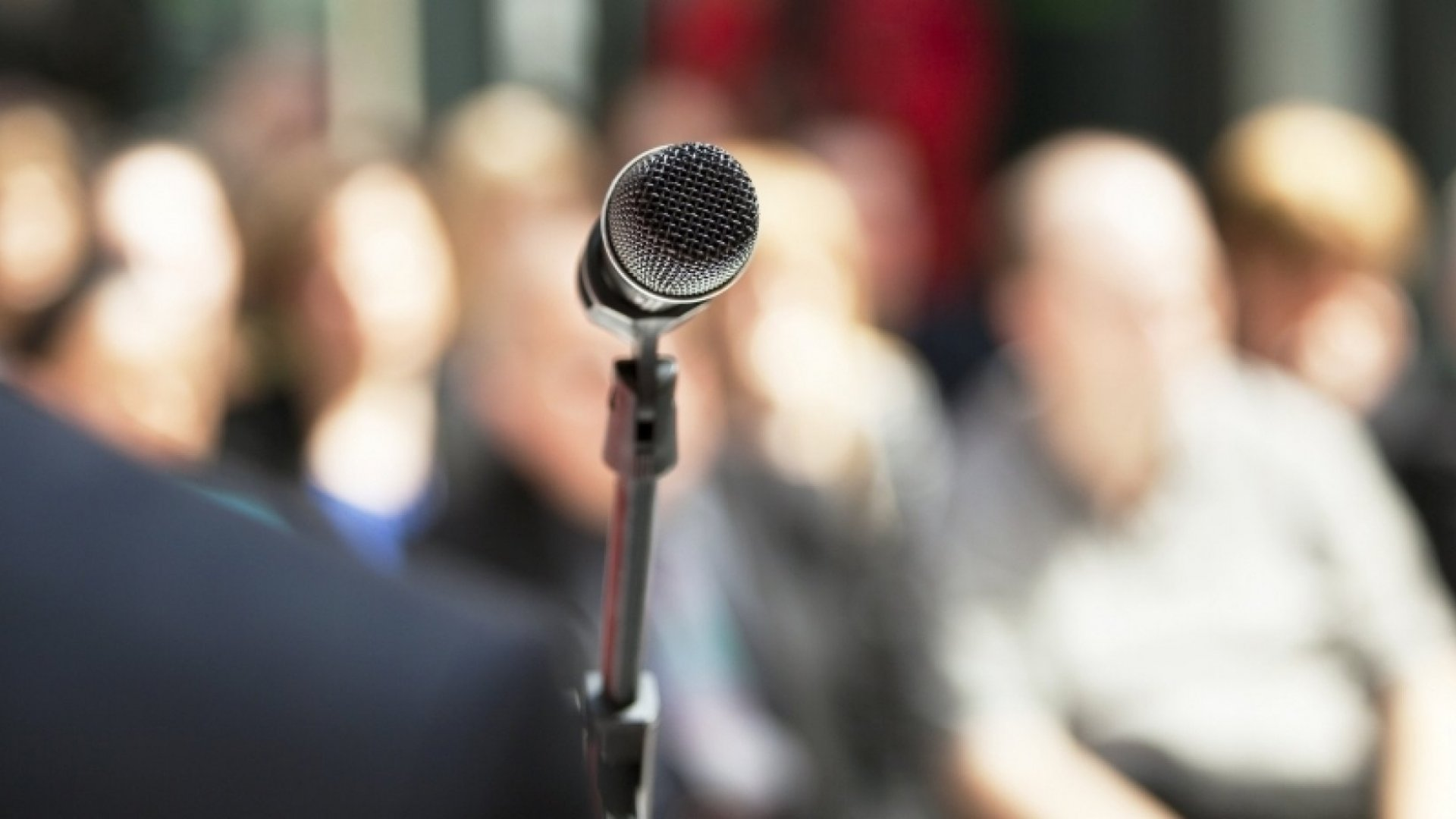 3 Things Successful Speakers Do Before Going on Stage