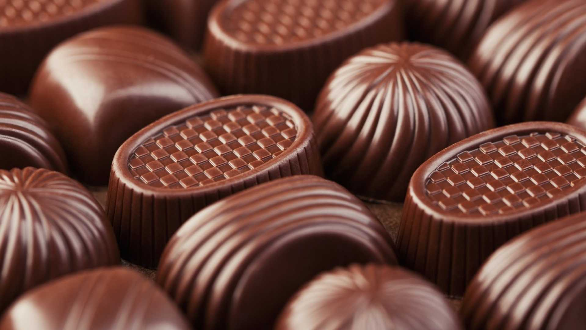 How This Chocolate Company Is Challenging Hershey's and Nestle's Business Model (and Winning)