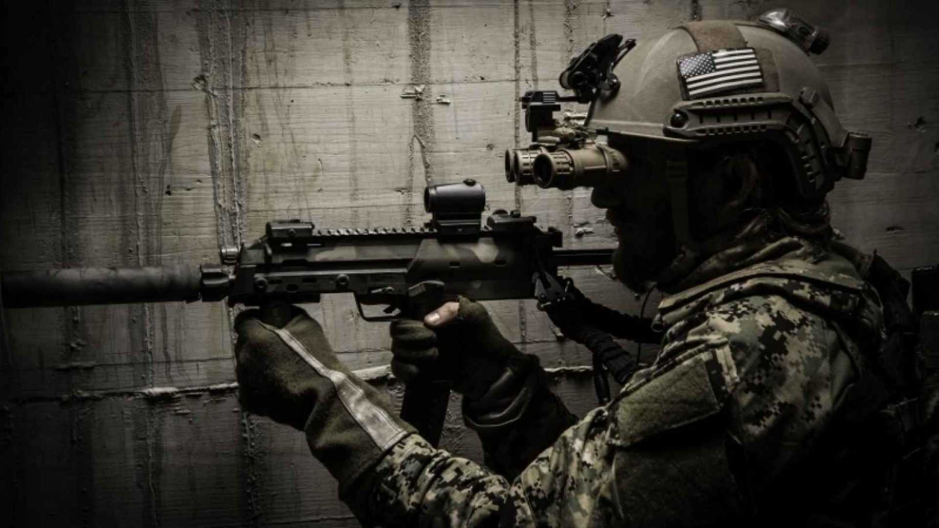 A Navy SEAL's Secrets to Leading With Confidence and Projecting Power