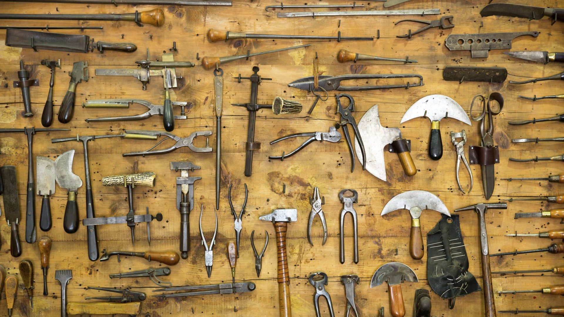 10 Must-Have Tools to Launch Your Product