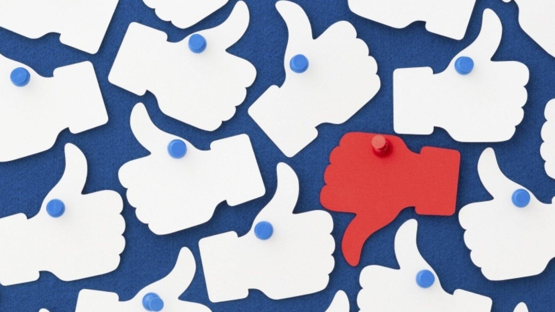 9 Effective Ways to Handle Negativity on Social Media