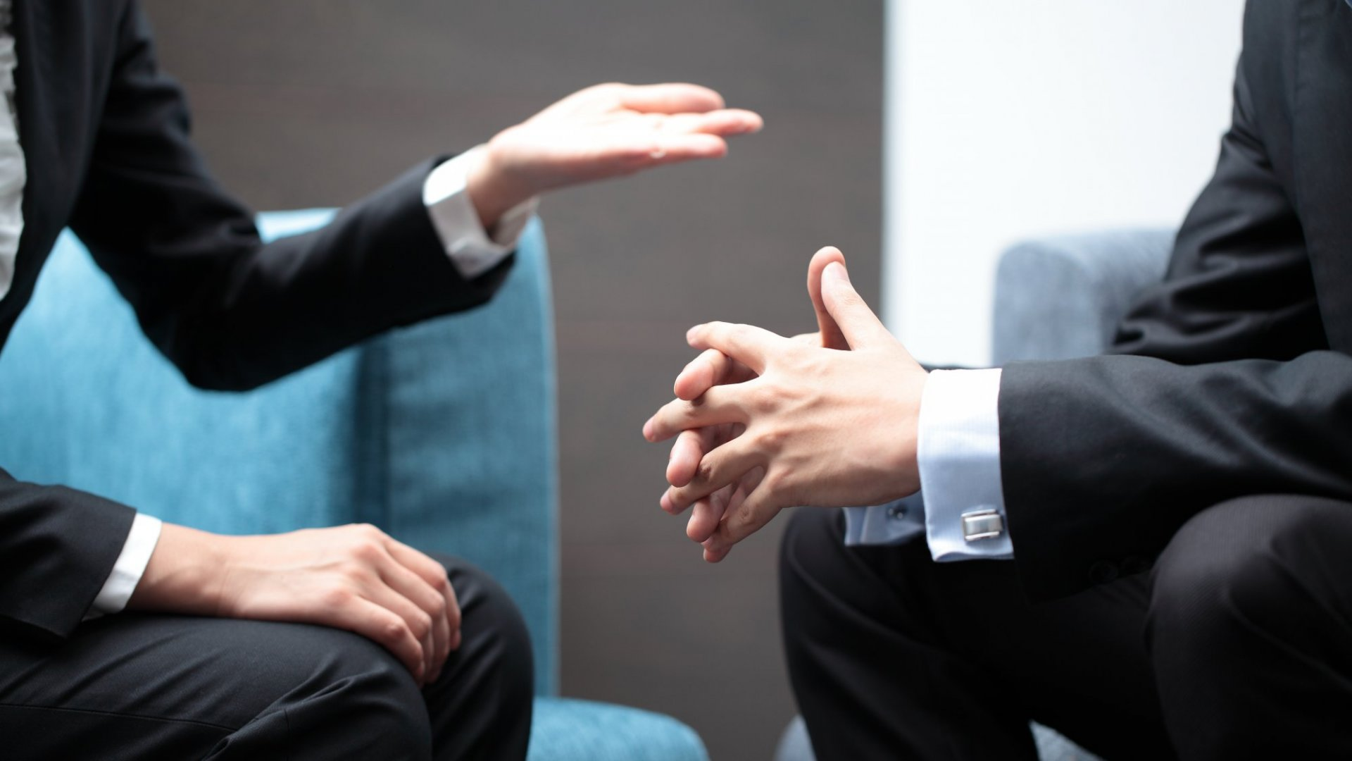 Surprising Harvard Research Says Giving Negative Feedback to Peers Won't Work (Unless You Do 1 Simple Thing)
