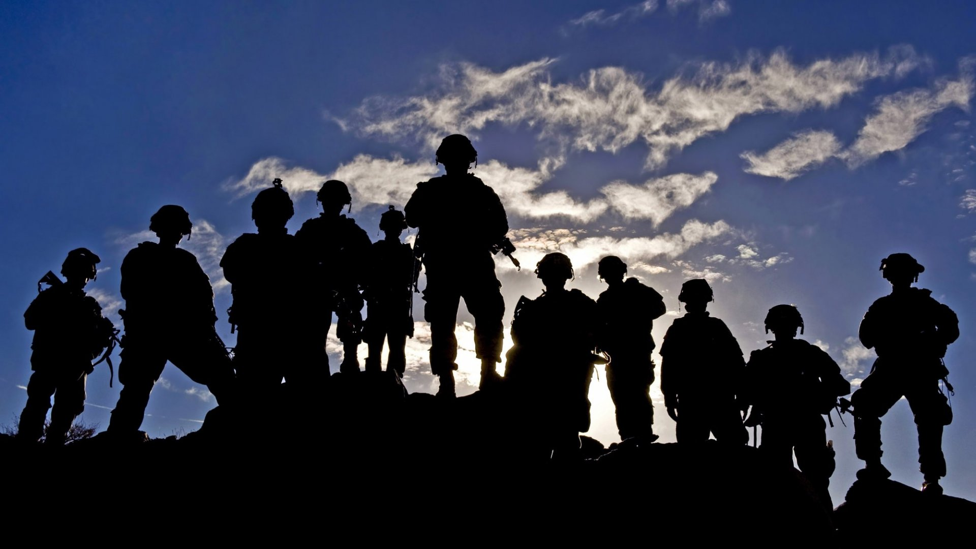 Want to Recruit the Best? The U.S. Army Is Doing This. (But You Should Probably Do the Opposite)