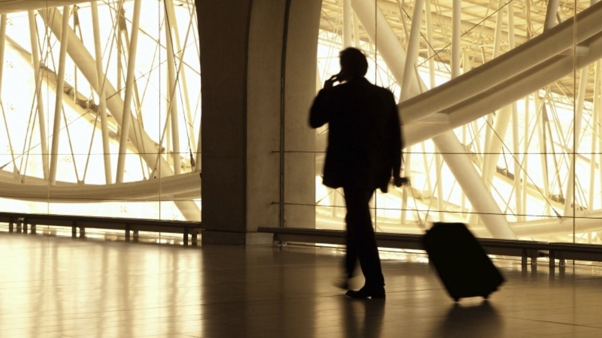 12 Smart Habits of Highly Effective Business Travelers