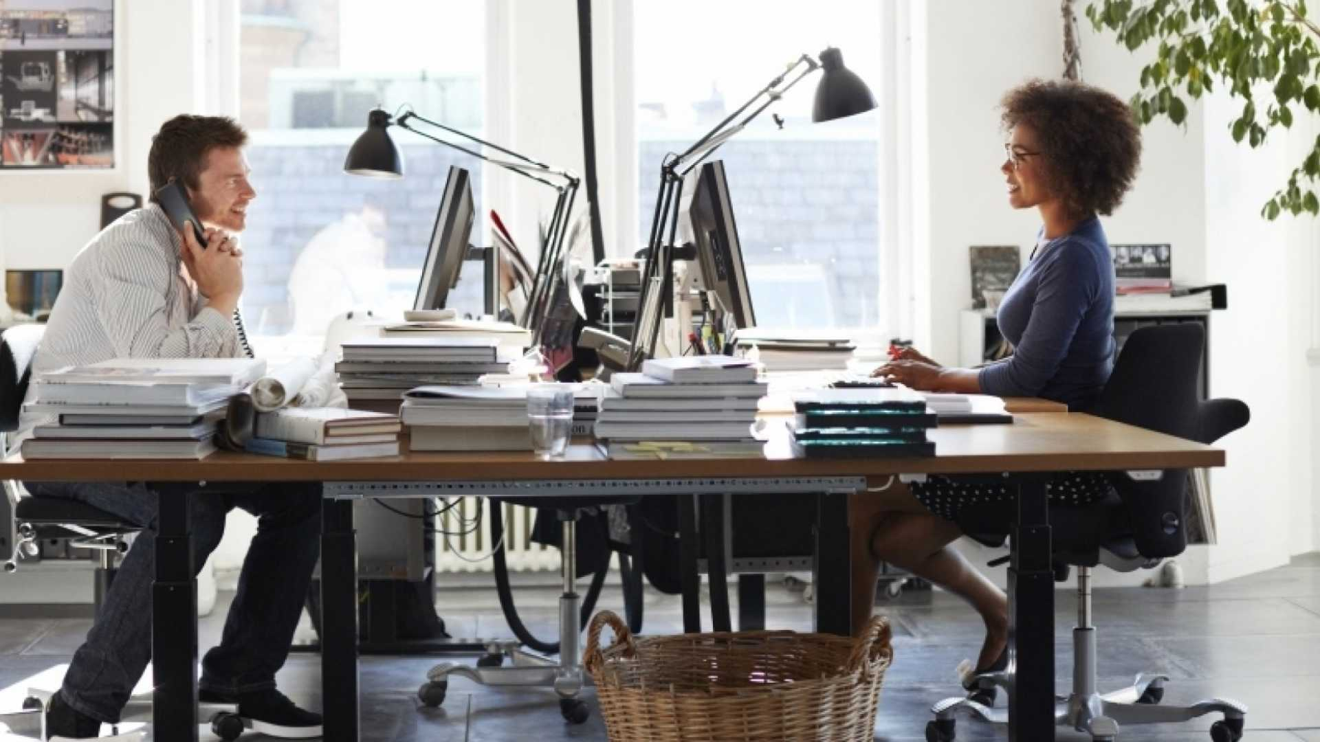 17 Simple Steps to Starting a Business While Working Full Time