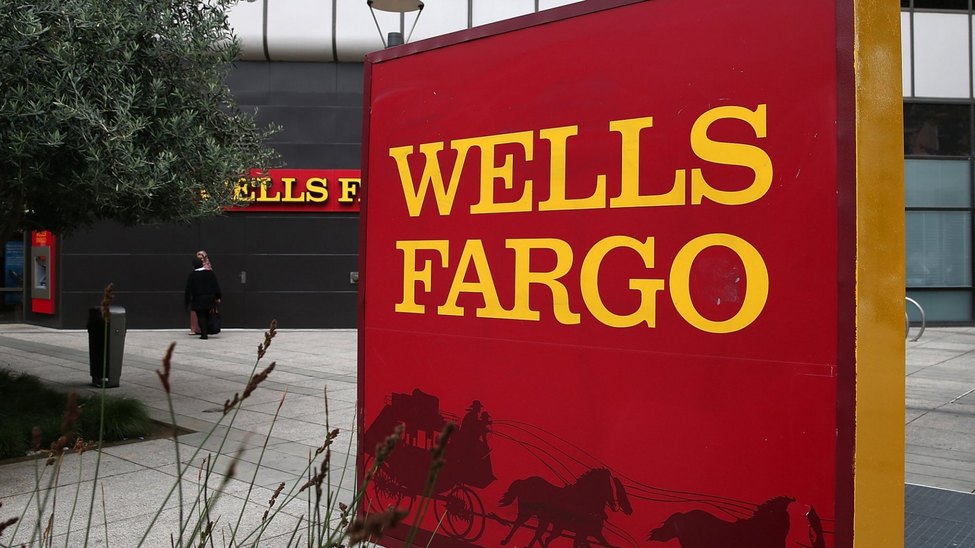What Entrepreneurs Can Learn From Wells Fargo's Double Disaster