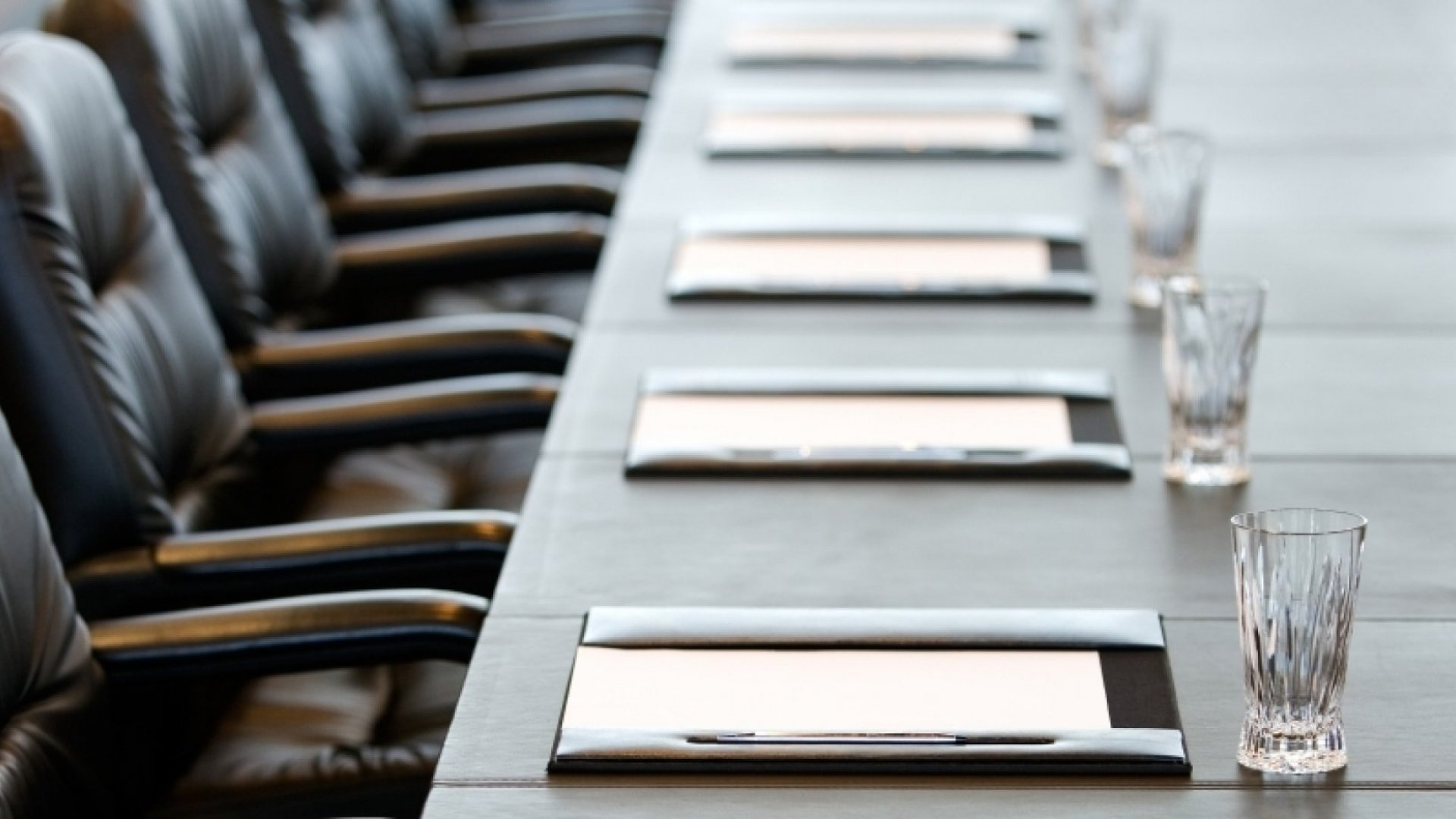 4 Rookie Mistakes Founders Make When Running Board Meetings