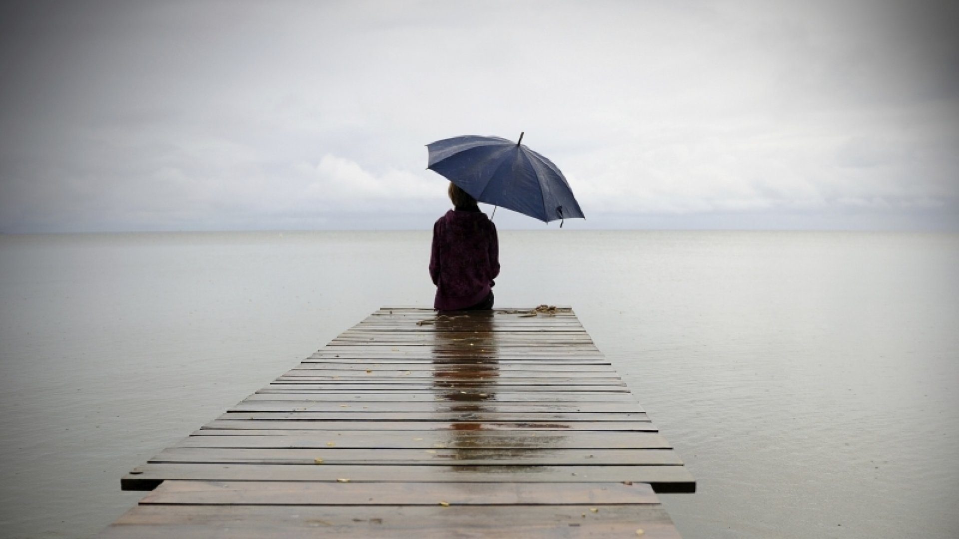 7 Ways to Overcome Feeling Isolated and Alone in Your Business