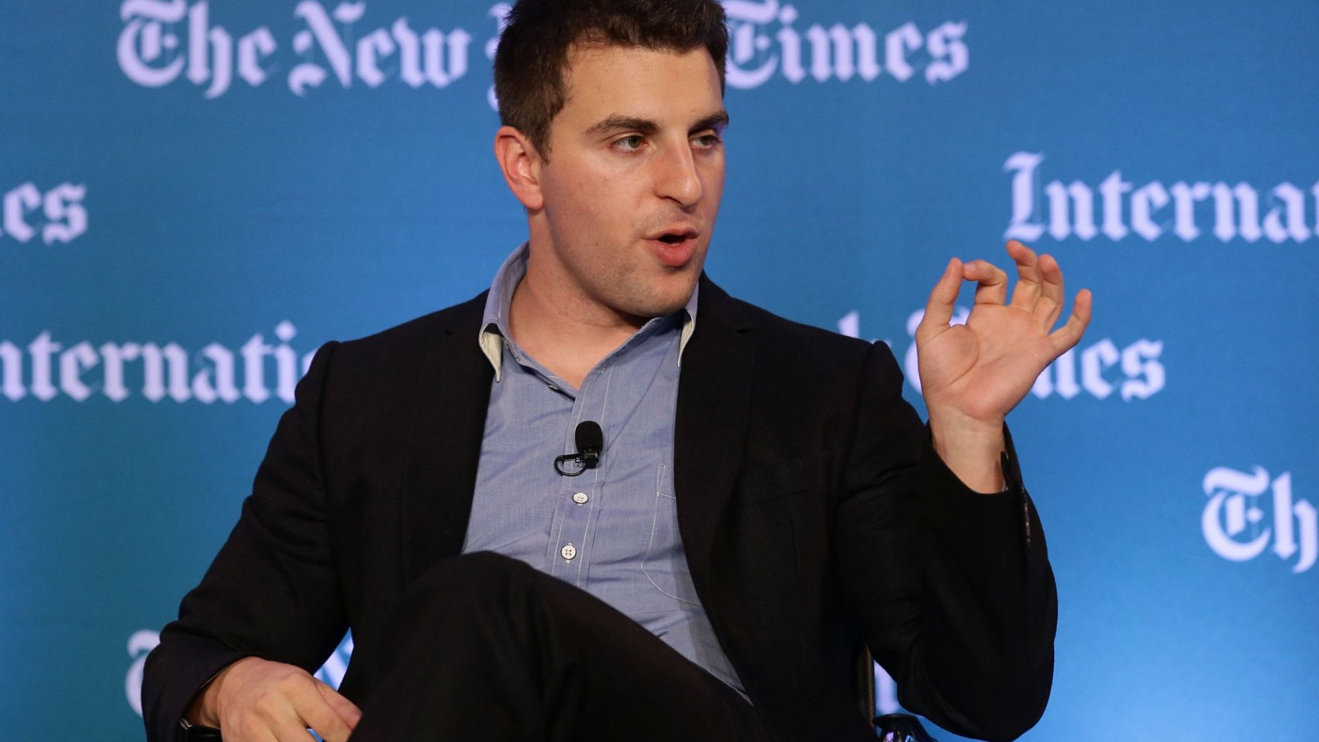 4 Things Airbnb's Brian Chesky Thinks All Young Entrepreneurs Need to Know