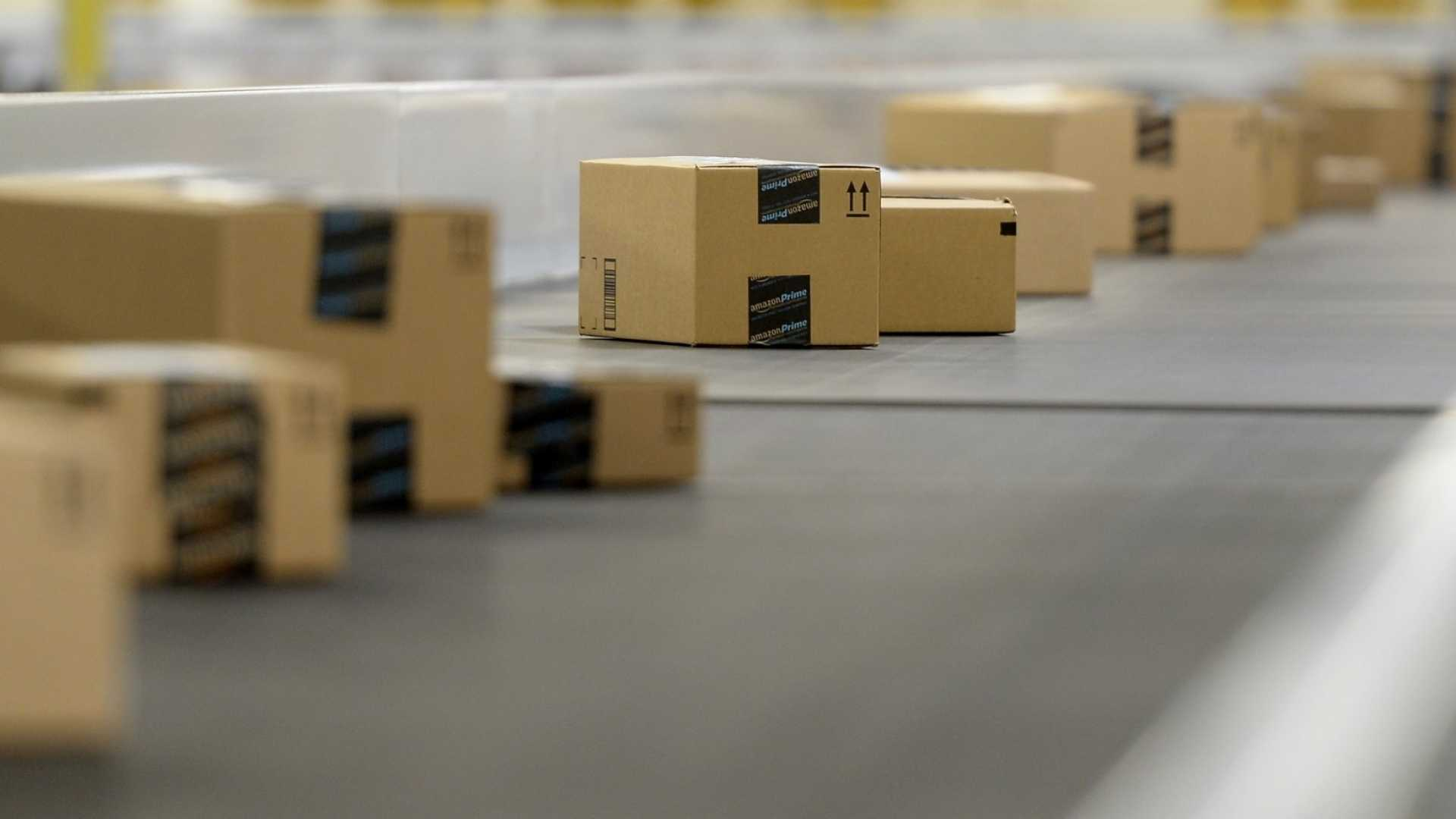 Amid Retail Crisis, Amazon Could Be the First $1 Trillion Company, Says NYU Professor