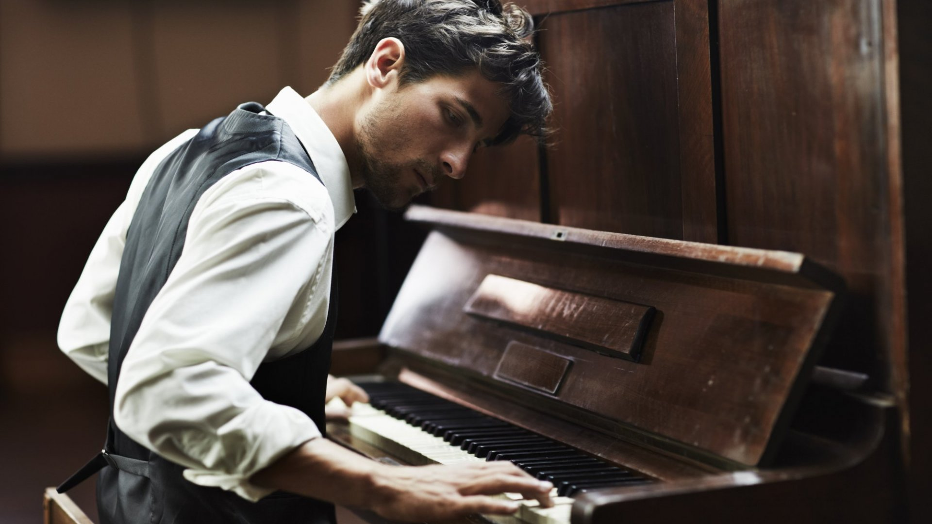What 15 Years of Classical Piano Taught Me About Discipline (and Judging Your Own Potential)