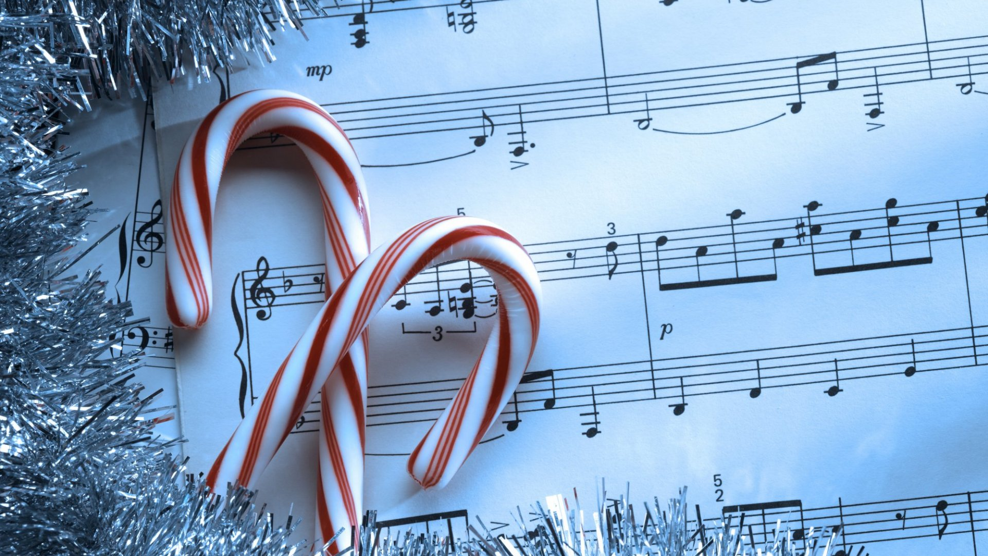 Want Happier Workers and Shoppers During the Holidays? Play Seasonal Music Like This