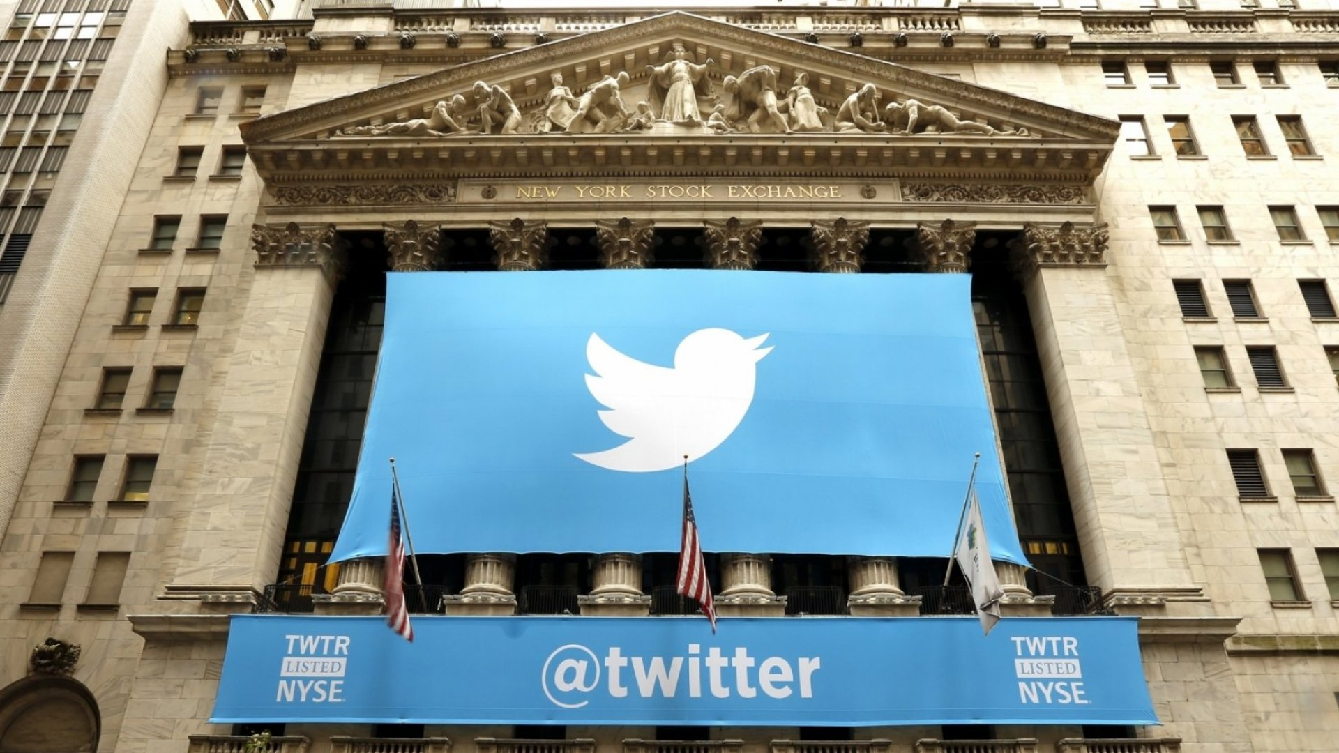 Twitter Shares Soar 11 Percent Despite Its First Revenue Drop Since IPO
