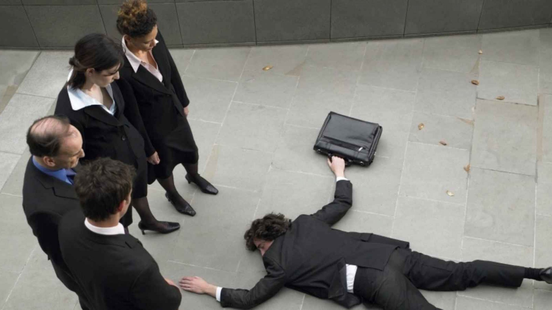Building a Sales Team? Avoid These 10 Deadly Mistakes
