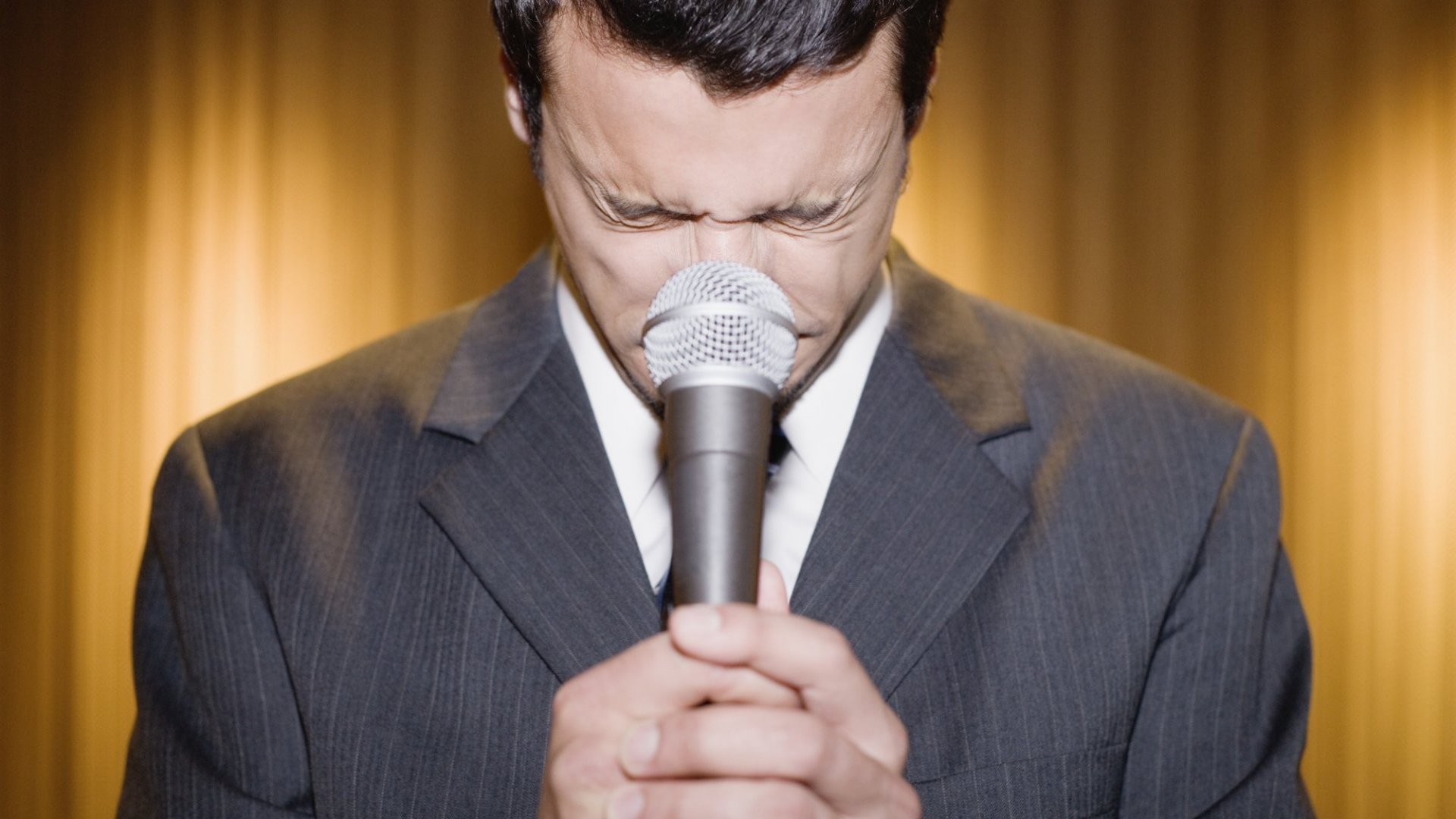 Need to Memorize a Speech? Here's the Neuroscience Behind It (and 3 Apps to Help)