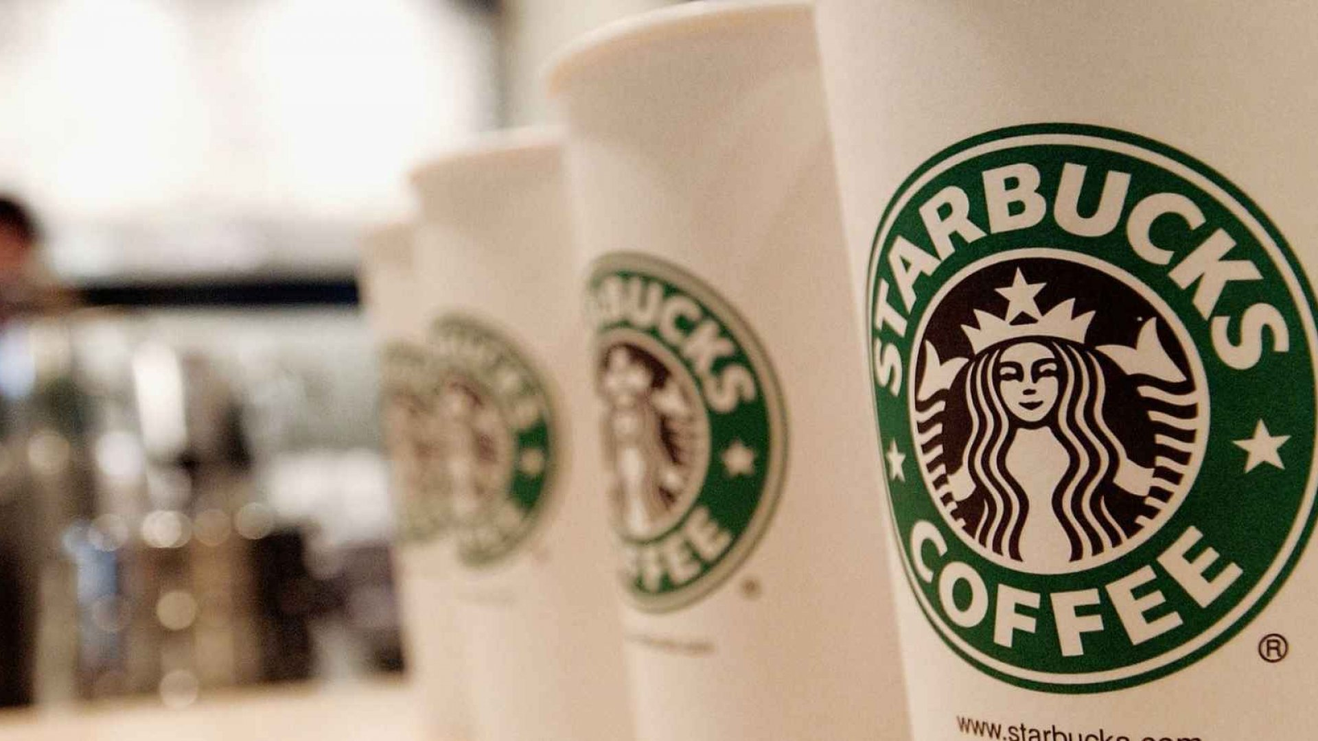 Starbucks' U.S. Sales Jump 9 Percent Over Fourth Quarter