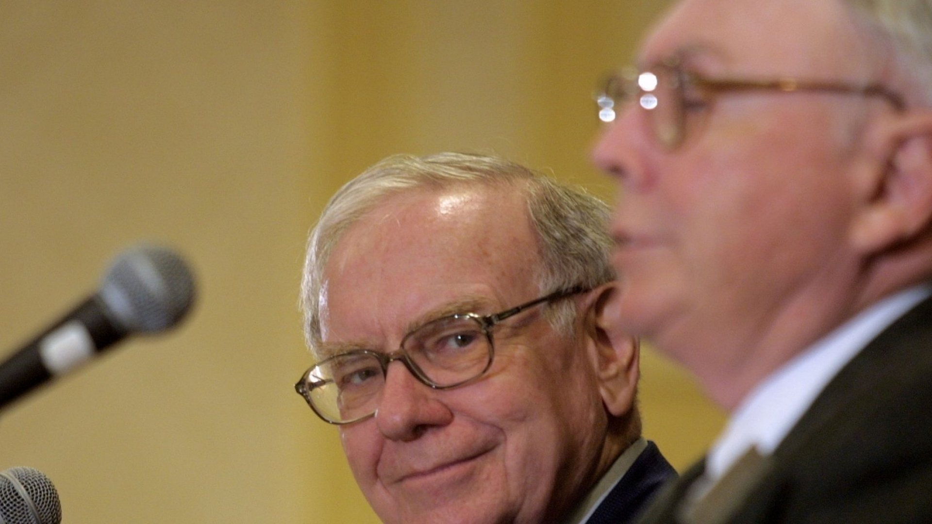 Billionaire Charlie Munger Says Admitting Failure Is Key to Success. Here Are 5 Ways to Embrace Failure
