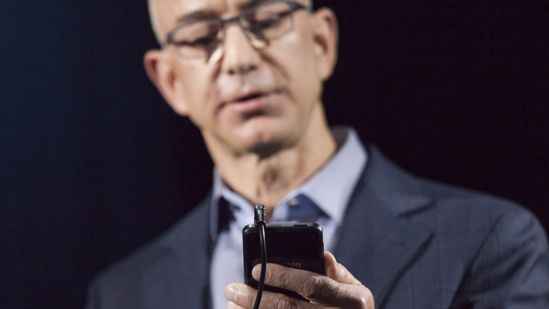 """""""Hmm, for some reason it's not loading."""" Amazon CEO Jeff Bezos"""