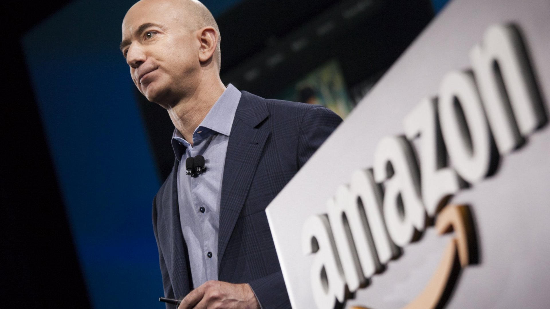Why Amazon's Growth in Small Business Lending Threatens the Banking System