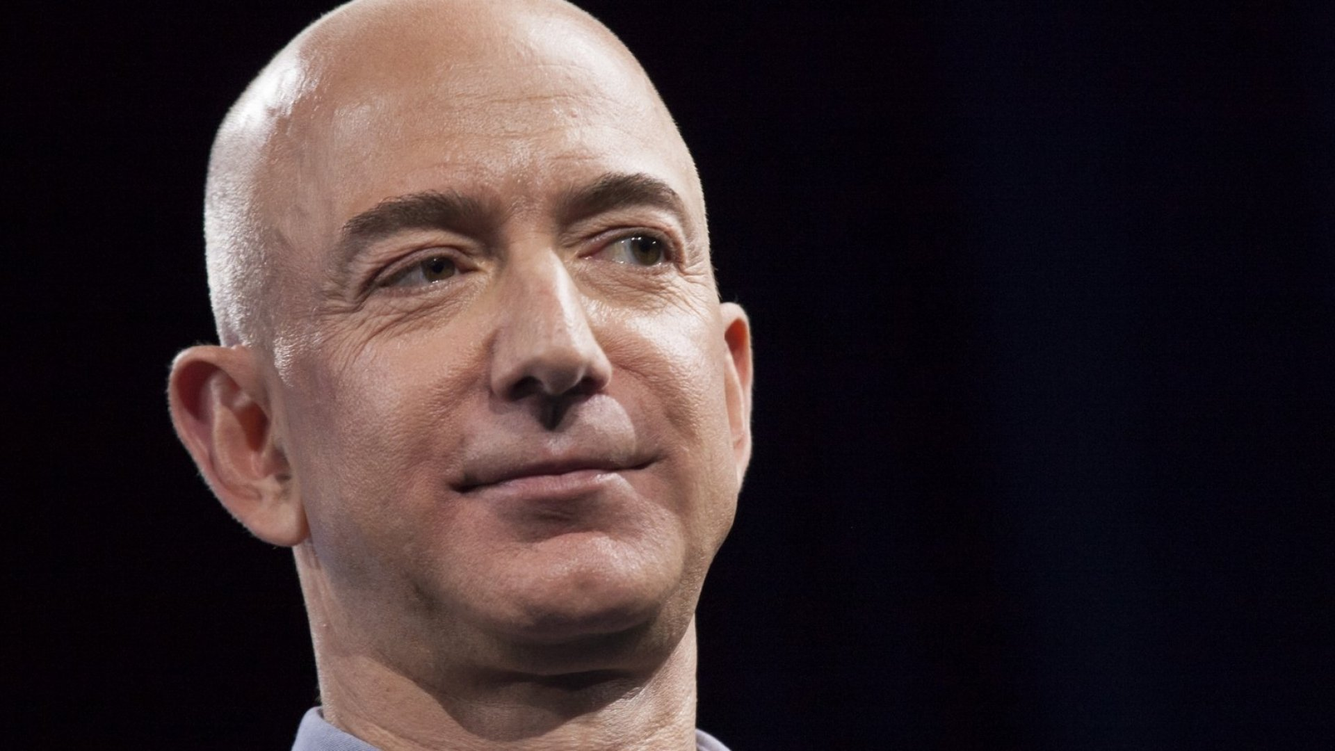 Amazon CEO Jeff Bezos ShowedOff His Exciting Vacation on Twitter. What Happened Next Wasn't Pretty