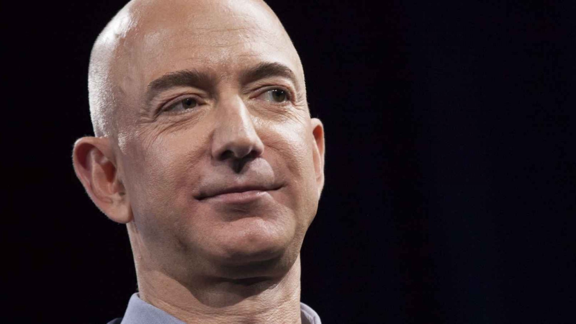 Coming Soon to Amazon: Shopping in Virtual Reality?