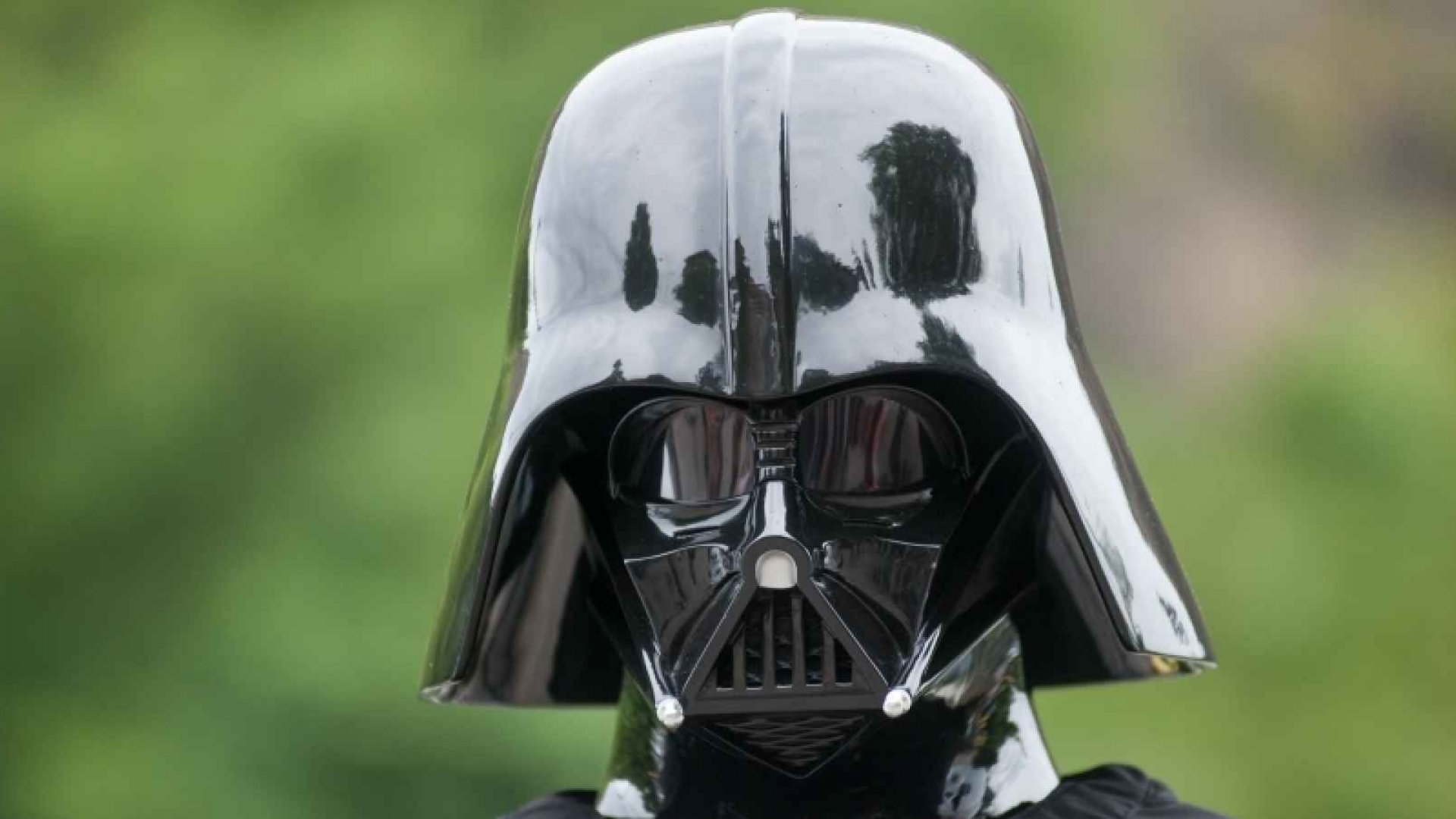 When Darth Vader Is Your Prospect: How to Sell to Forceful People