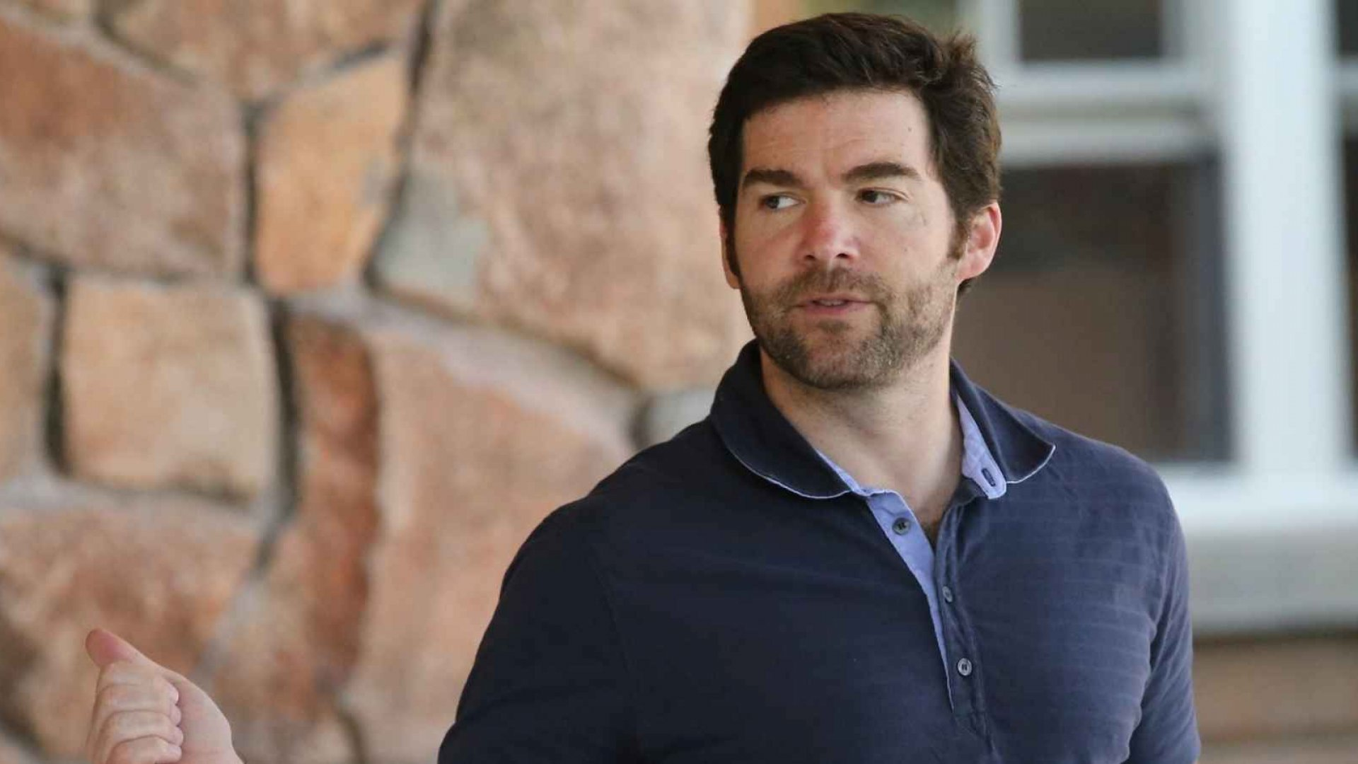 LinkedIn CEO Jeff Weiner Gives His $14 Million Stock Bonus to His Employees